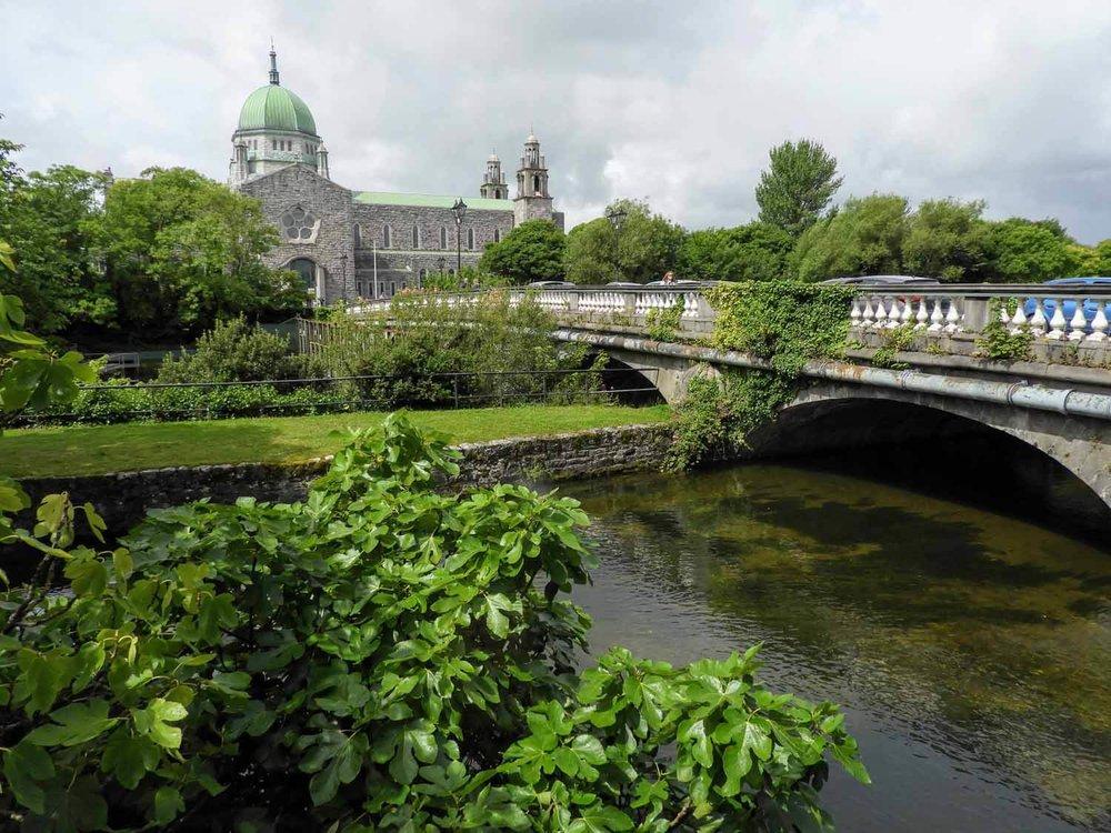 ireland-galway-cathederal-bridge.jpg