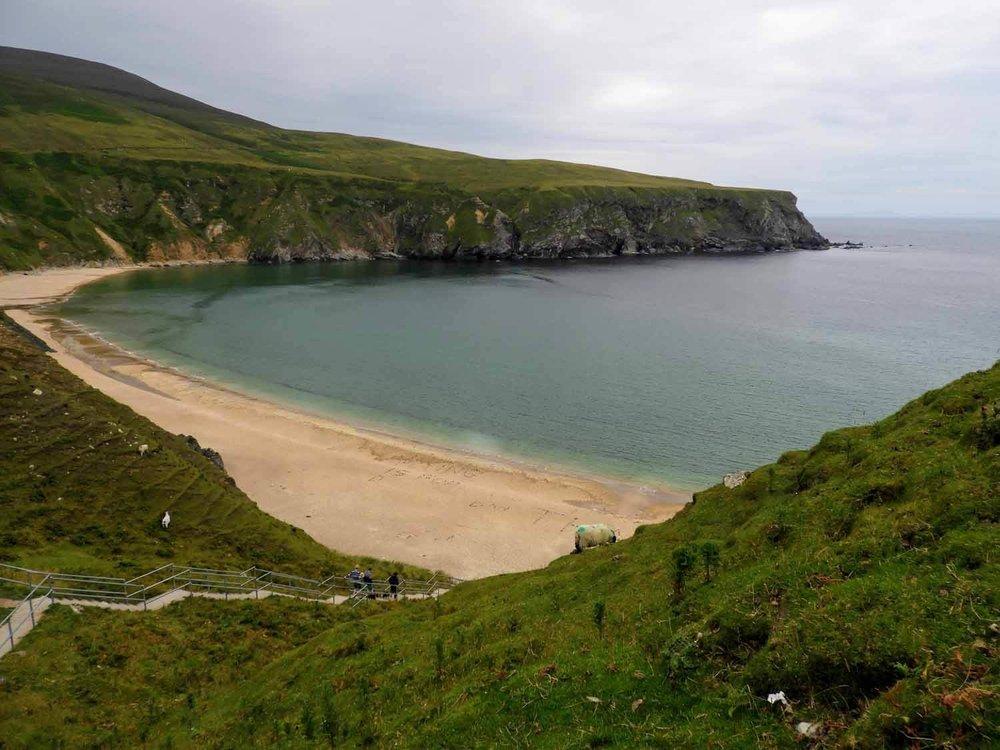 ireland-donegal-ireland-donegal-silver-strand-malin-beg-sand-waves-beautiful-view.jpg