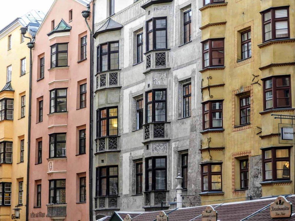 austria-innsbruck-houses-colorful.JPG