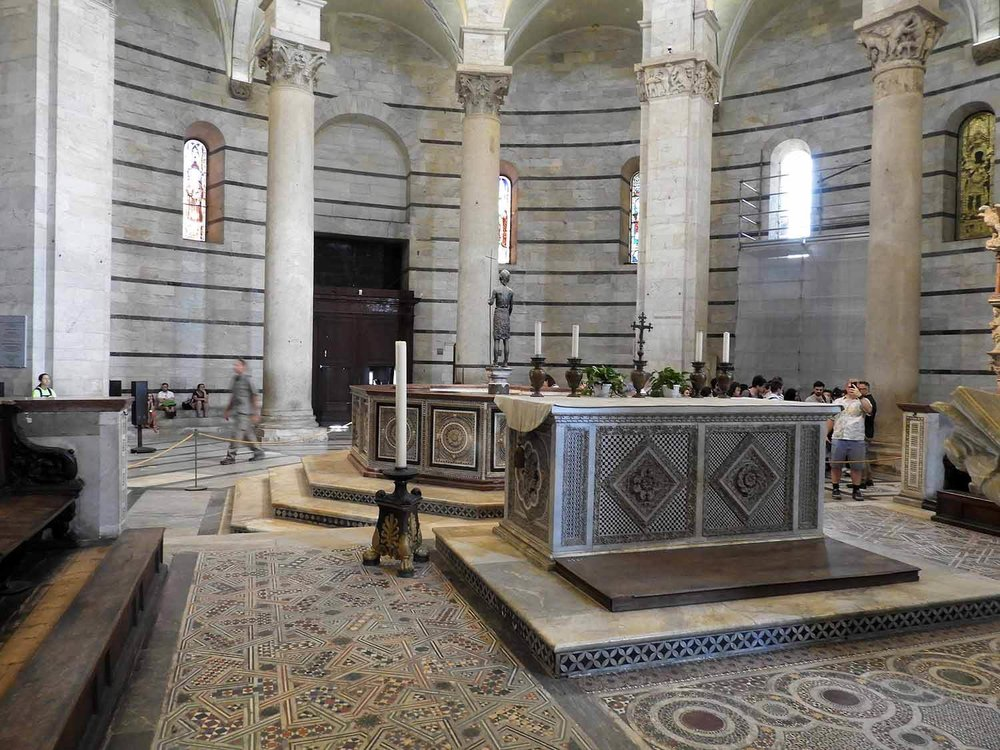italy-italia-pisa-baptistry.JPG