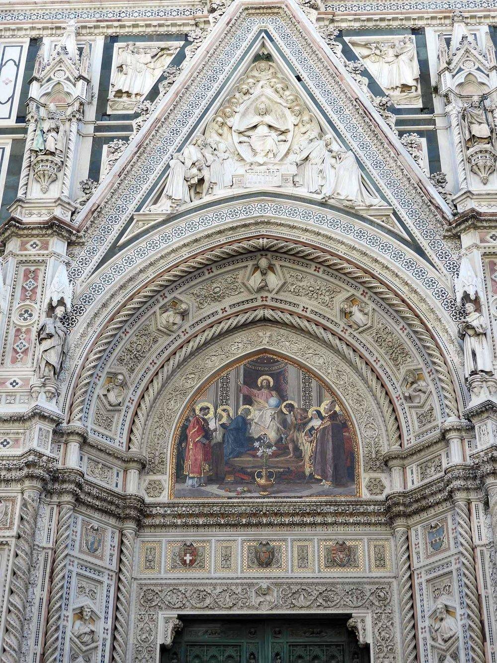 italy-italia-florence-cathedral-santa-maria-del-fiori-doorway-arch-christ.JPG