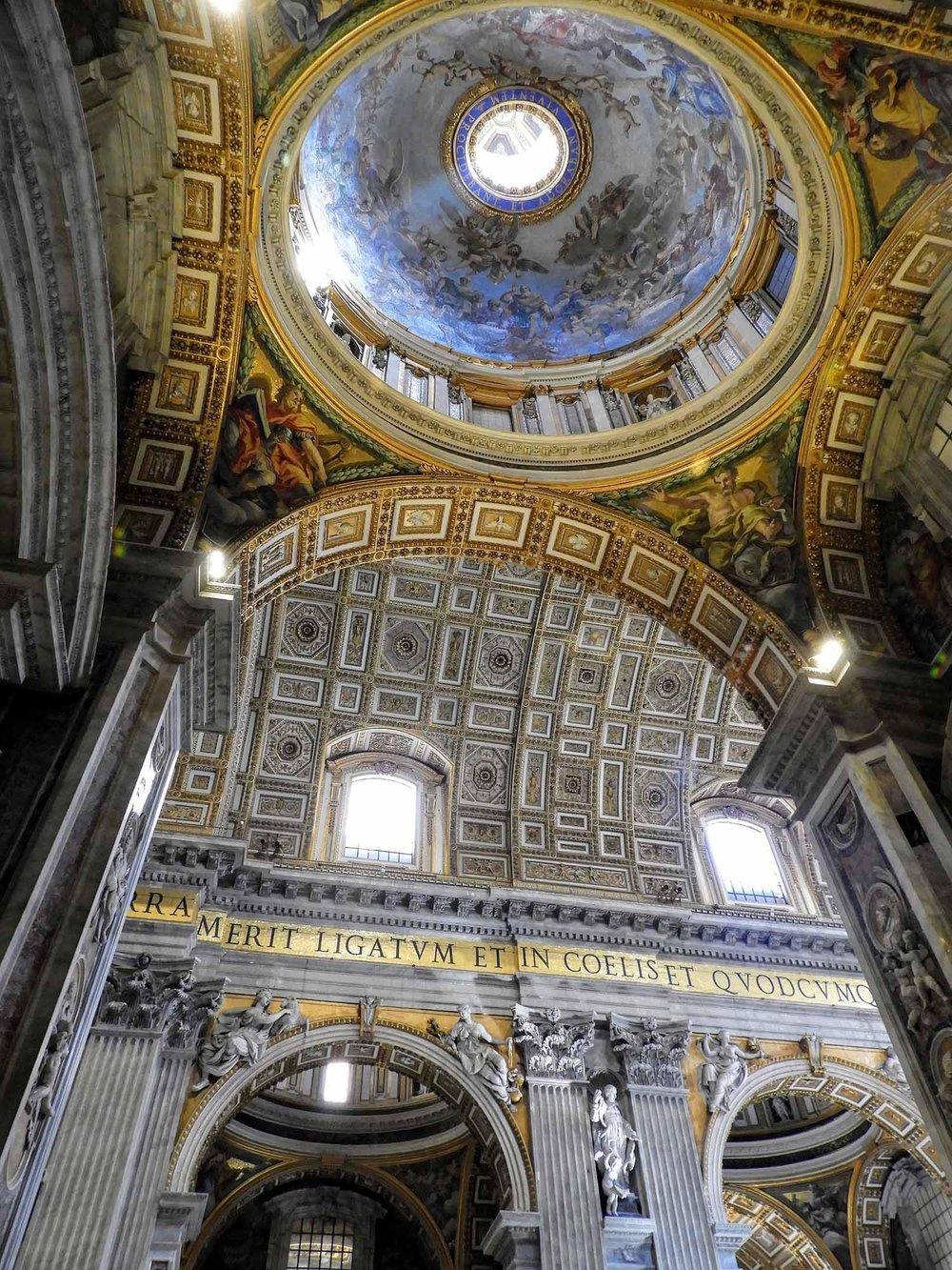 vatican-city-holy-see-italy-italia-rome -interior.jpg