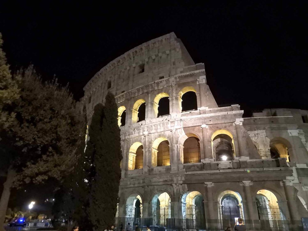 italy-italia-rome-coloseum-night.jpg