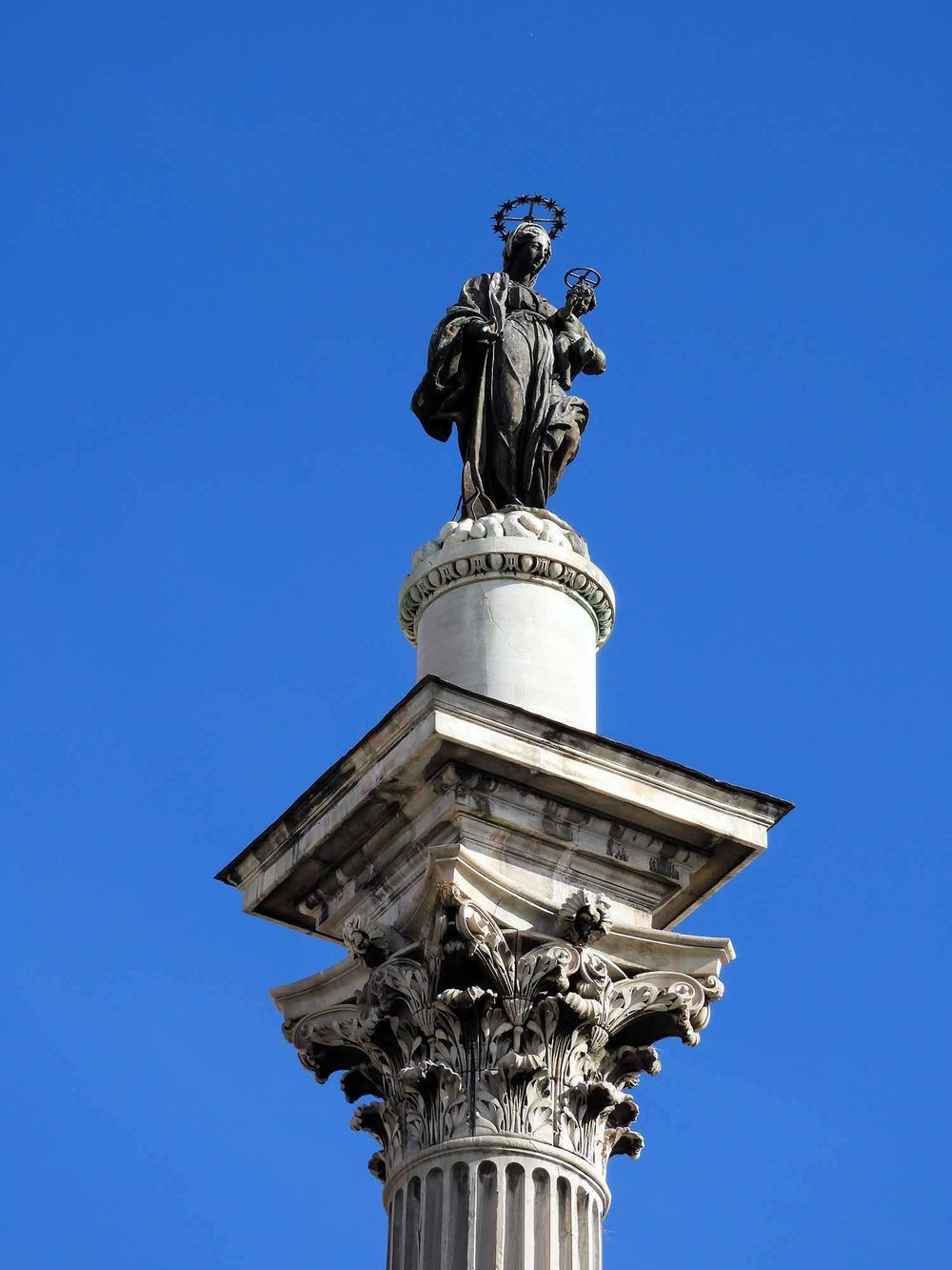 italy-italia-rome-column-statue.jpg