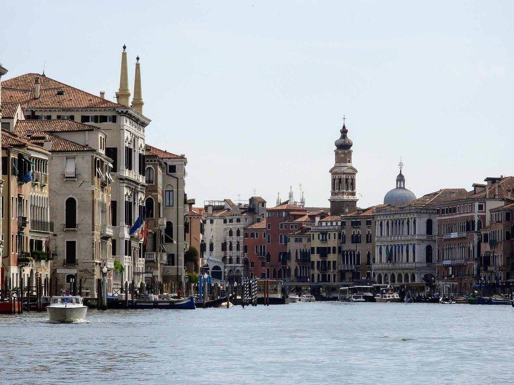 italy-italia-venice-grand-canal-boats.jpg