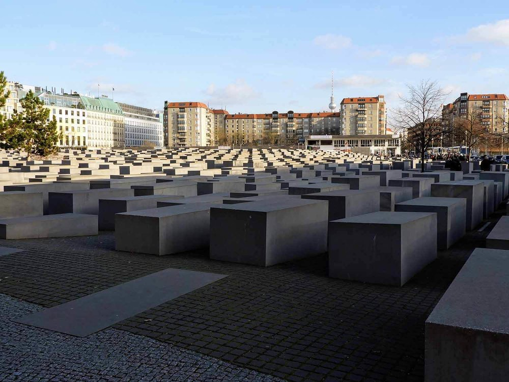 germany-berlin-monument-murded-jews-museum.jpg