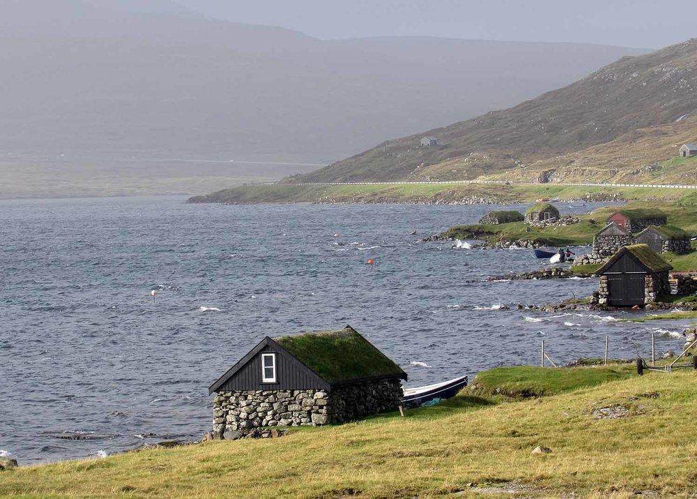 denmark-faroe-islands-vagar-leitisvatn-island.JPG