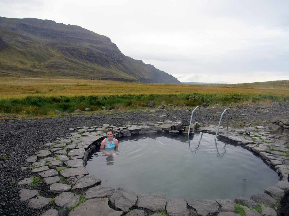 iceland-grettirs-pool-outdoor-hotspring.JPG