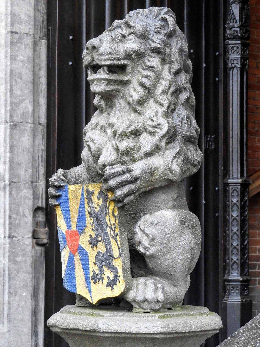 belgium-bruges-stone-lion.jpg