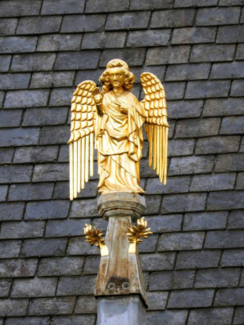 belgium-bruges-golden-eagle.jpg
