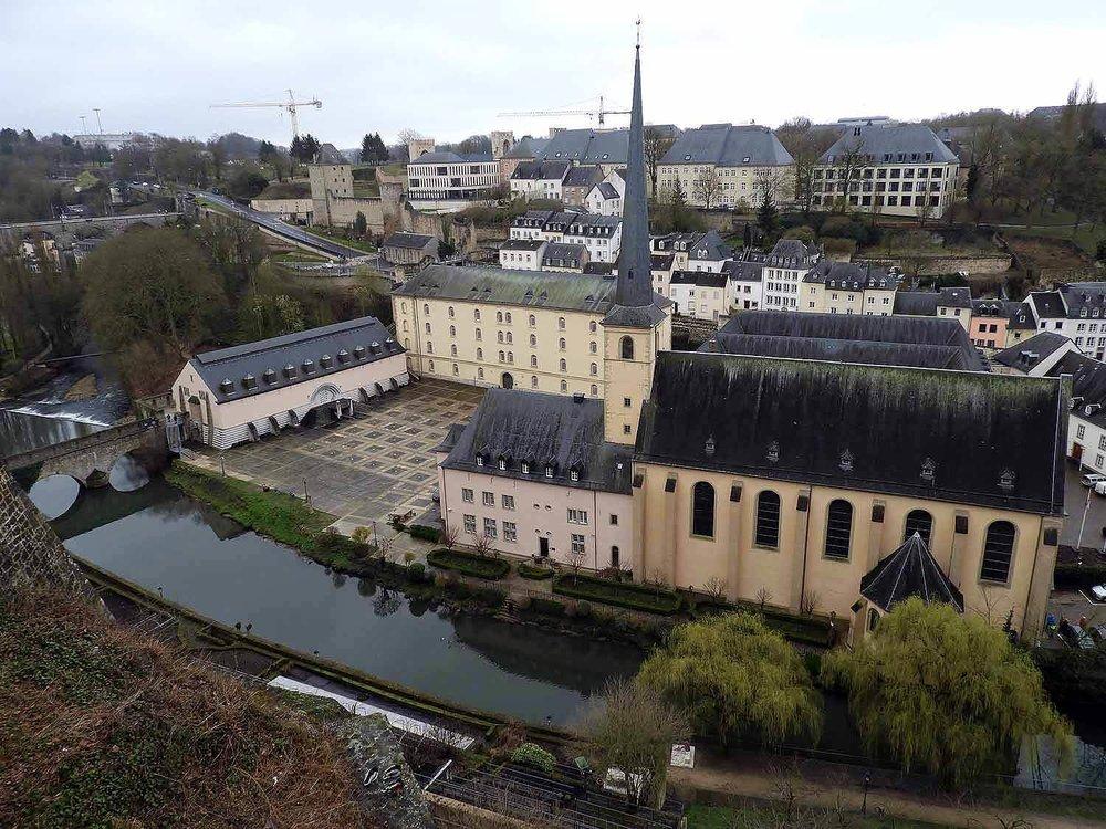 luxembourg-city-st-jean-grund-eglise.JPG