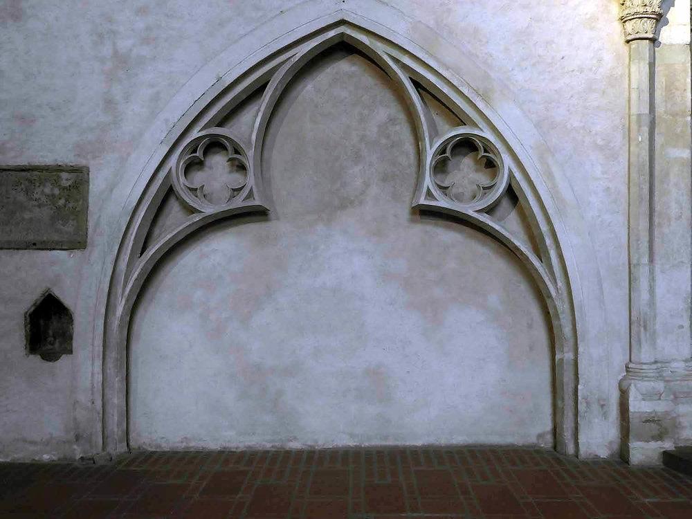 germany-trier-chruch-christ-catholic-liebfrauenkirche-gothic-arch.JPG