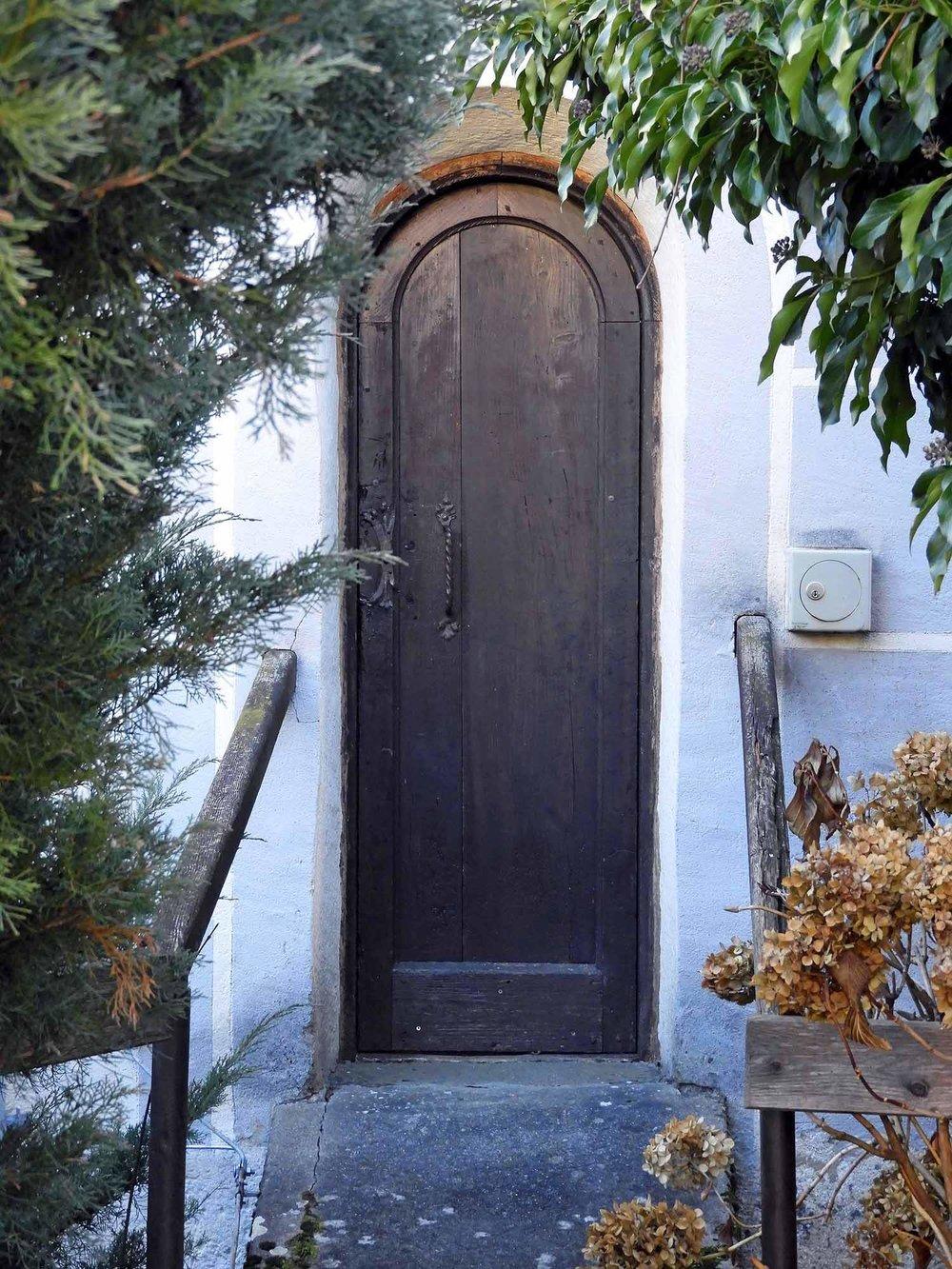 austria-millstadt-abby-door.JPG