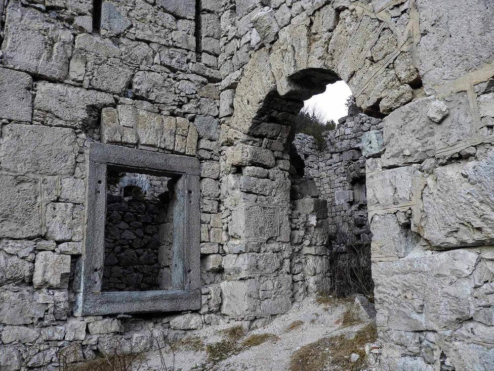 slovenia-triglav-national-park-stremc-ruins-stone.jpg