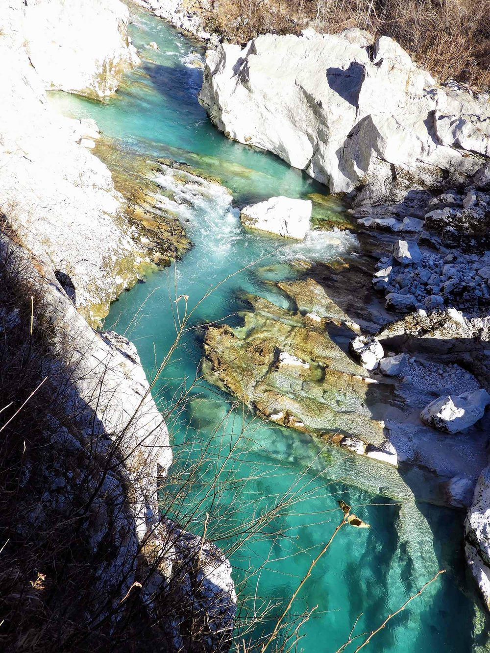 slovenia-triglav-national-park-isonsa-gorge-beautiful-water-turqoise.jpg