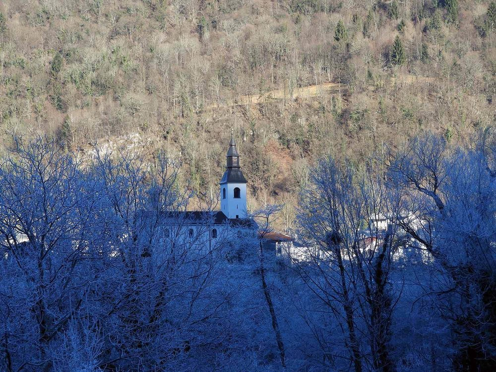 slovenia-triglav-national-park-frozen-church.jpg