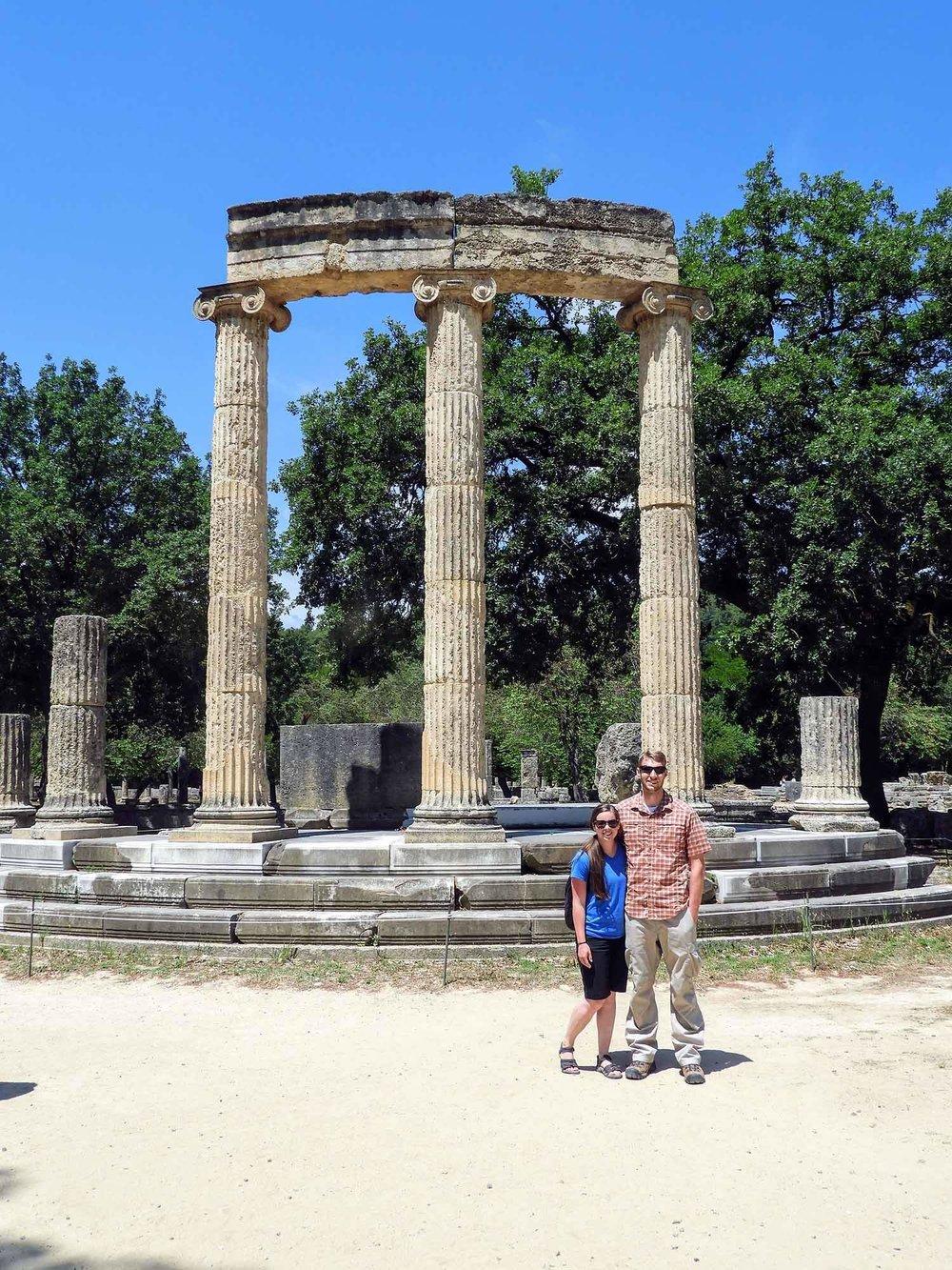 greece-olympia-ruins-olympic-columns-team.jpg
