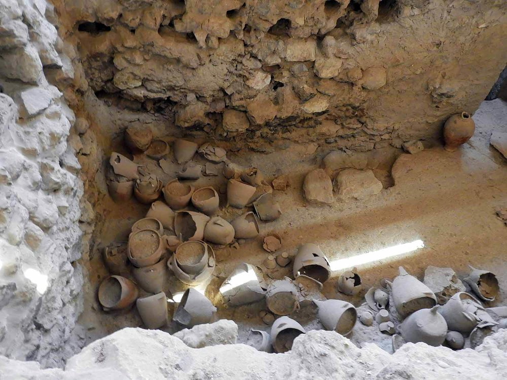 greece-santorini-akrotiri-ruins-excavation-musuem-archeology.jpg