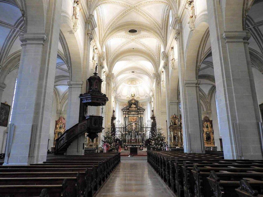 switzerland-lucerne-church-interior-white.jpg
