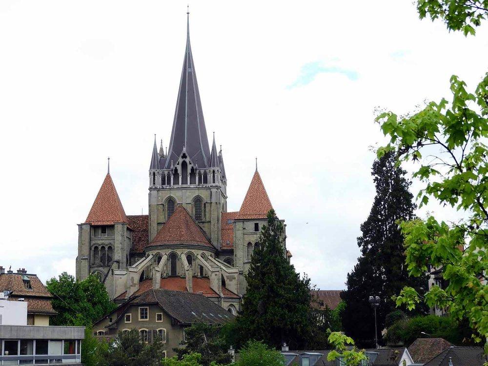 switzerland-luassane-church.jpg