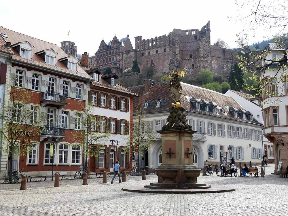 germany-heidelberg-townsquare.JPG