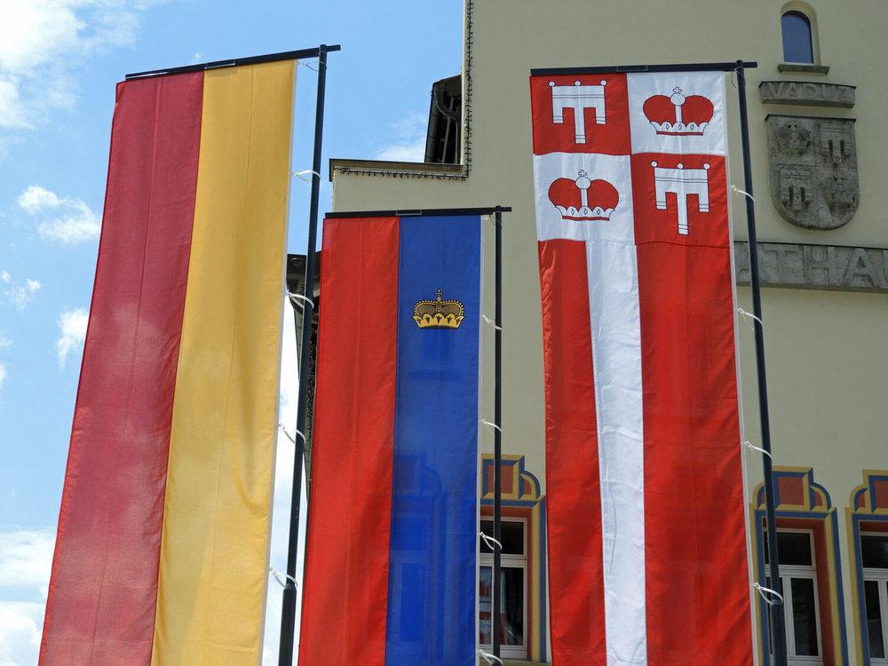 liechtenstein-vaduz-flag-town-capital-microstate.jpg