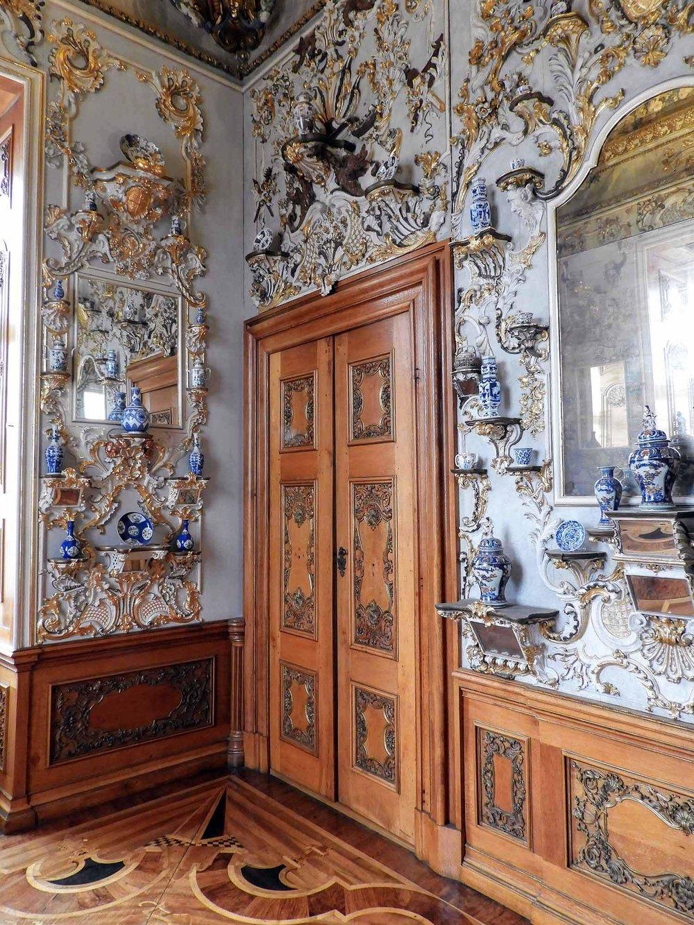 germany-rastatt-residenceschloss-interior-decoration.jpg