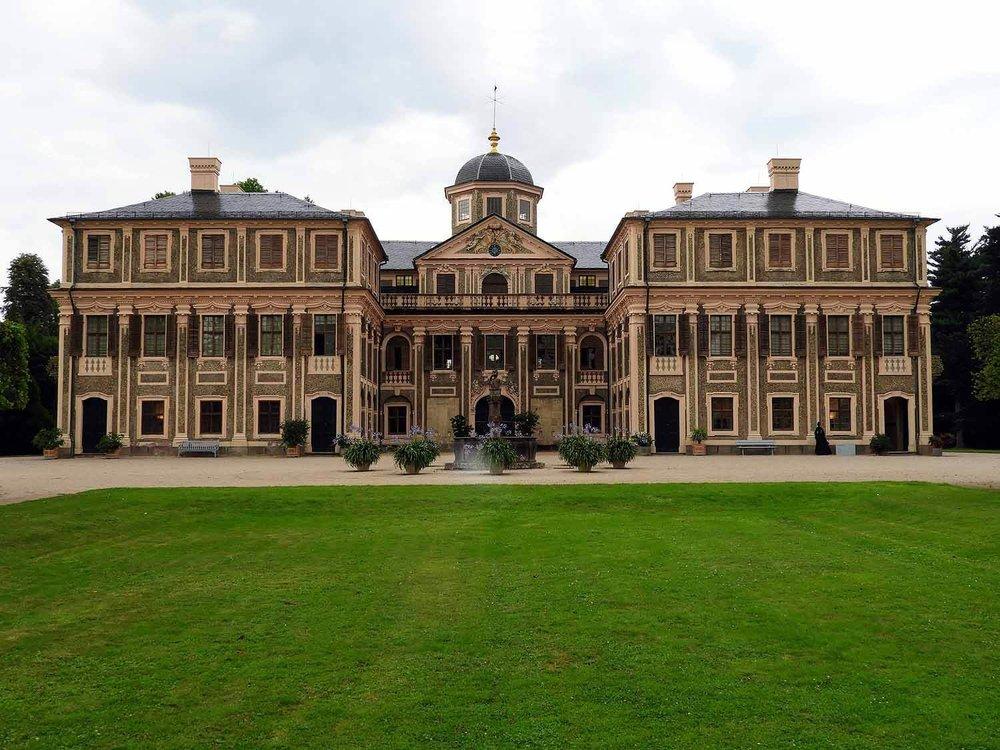 germany-rastatt-schloss-favorite-exterior-palace.jpg