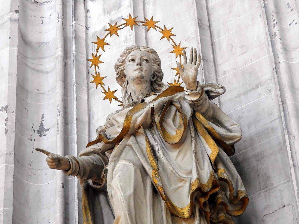 germany-salem-monastery-angel-star-halo.jpg