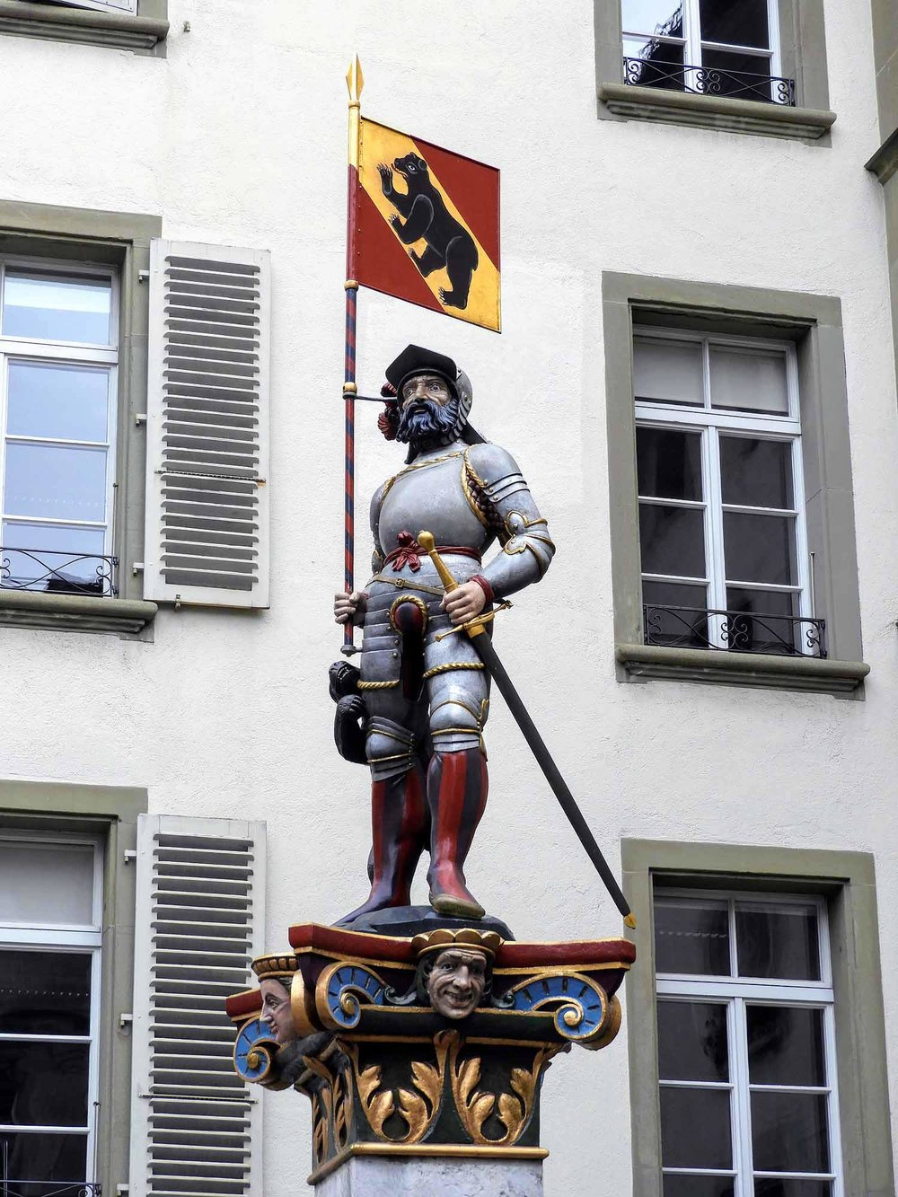 switzerland-bern-knight-statue.jpg