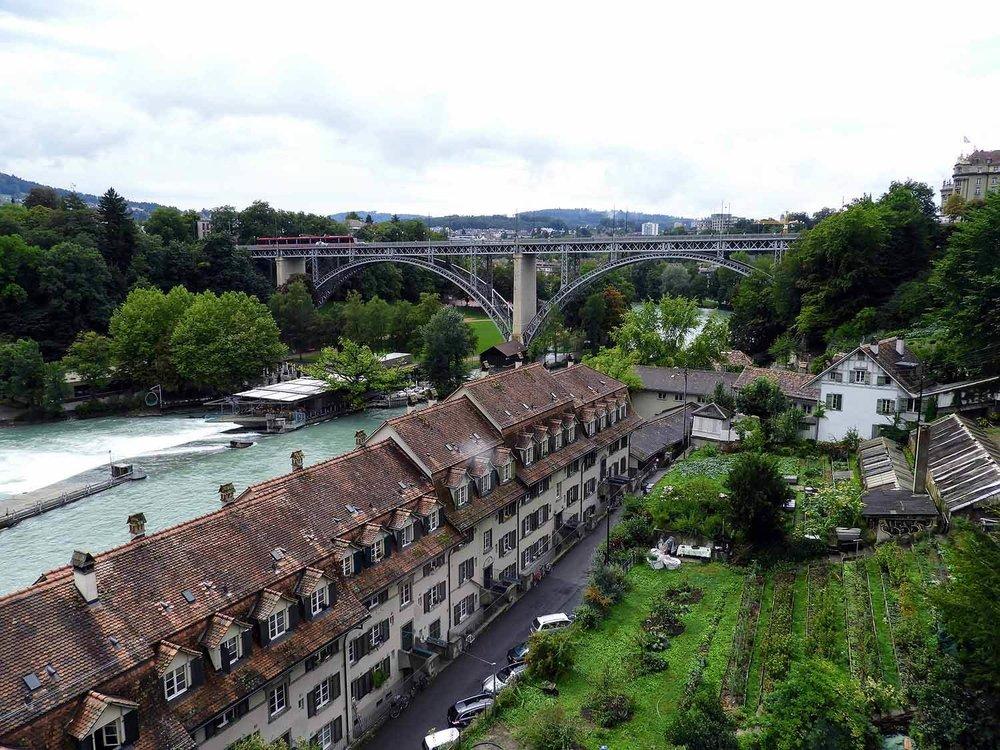 switzerland-bern-river.jpg