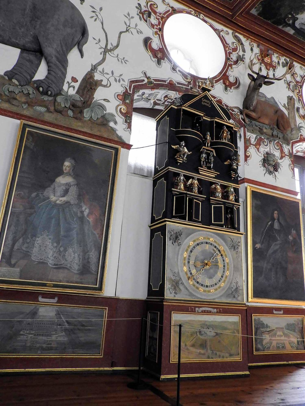 germany-Weikersheim-castle-gardens-schloss-grand-hall-hunting-jagd-trophies.jpg