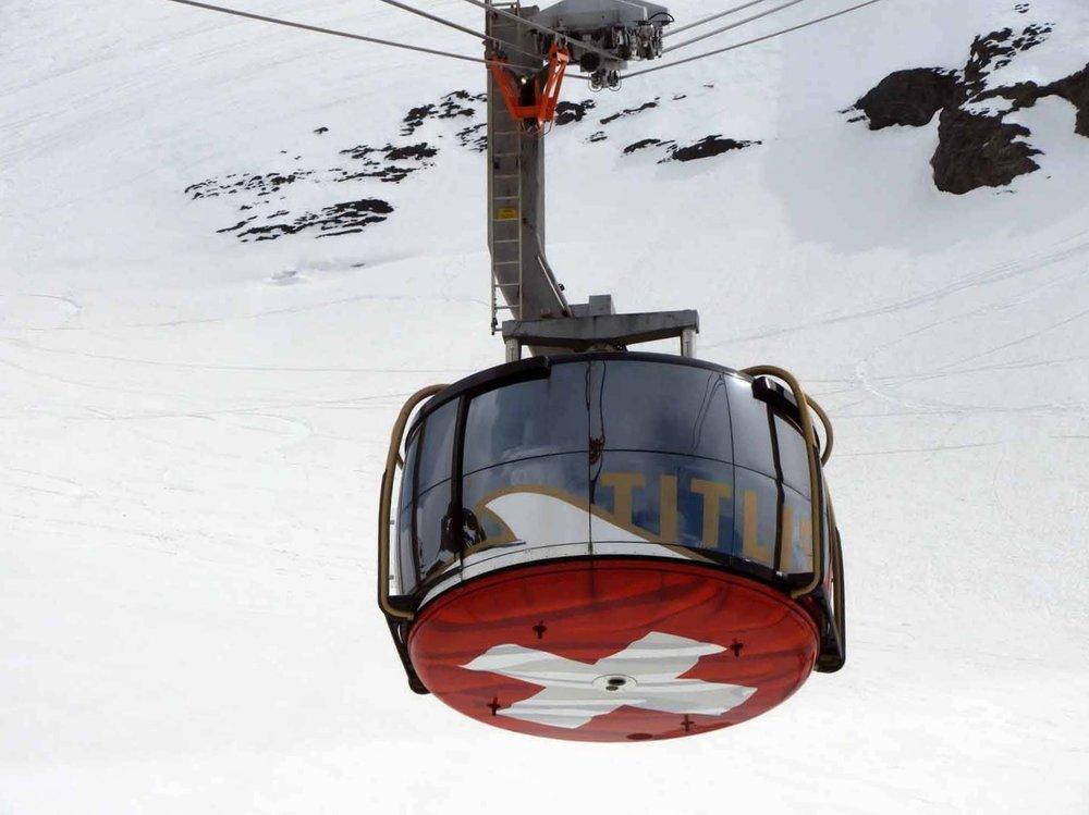 switzerland-titlis-rotating-gondola.JPG