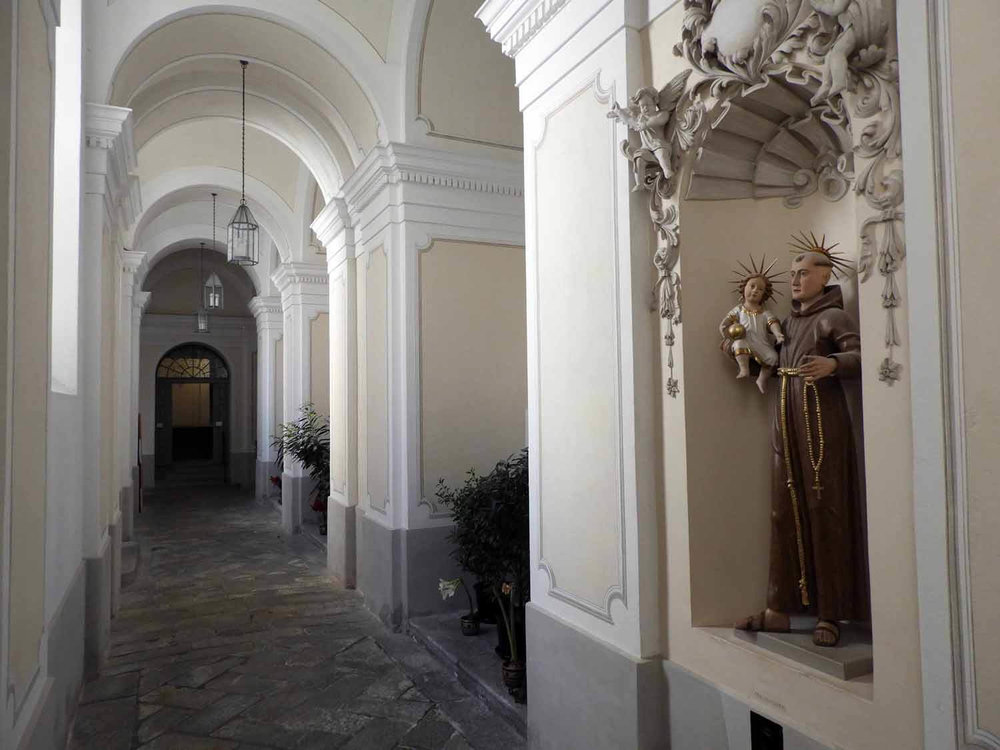 switzerland-oberalppass-vorderrhein-river-valley-monestary-kloster-disentis-chaple-hallway.JPG