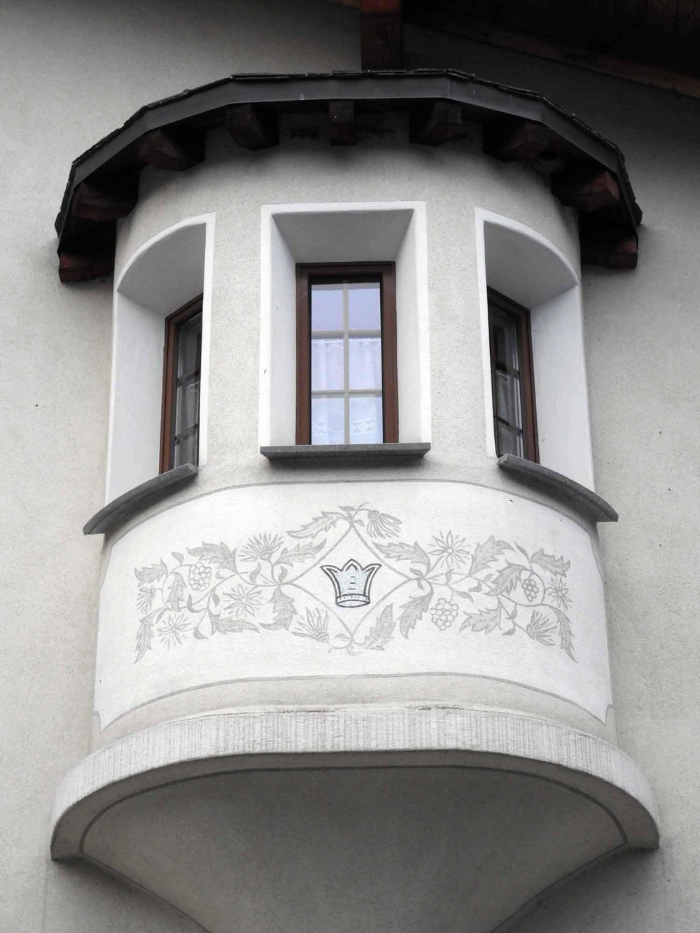 switzerland-oberalppass-vorderrhein-river-valley-round-bay-window-popout.JPG
