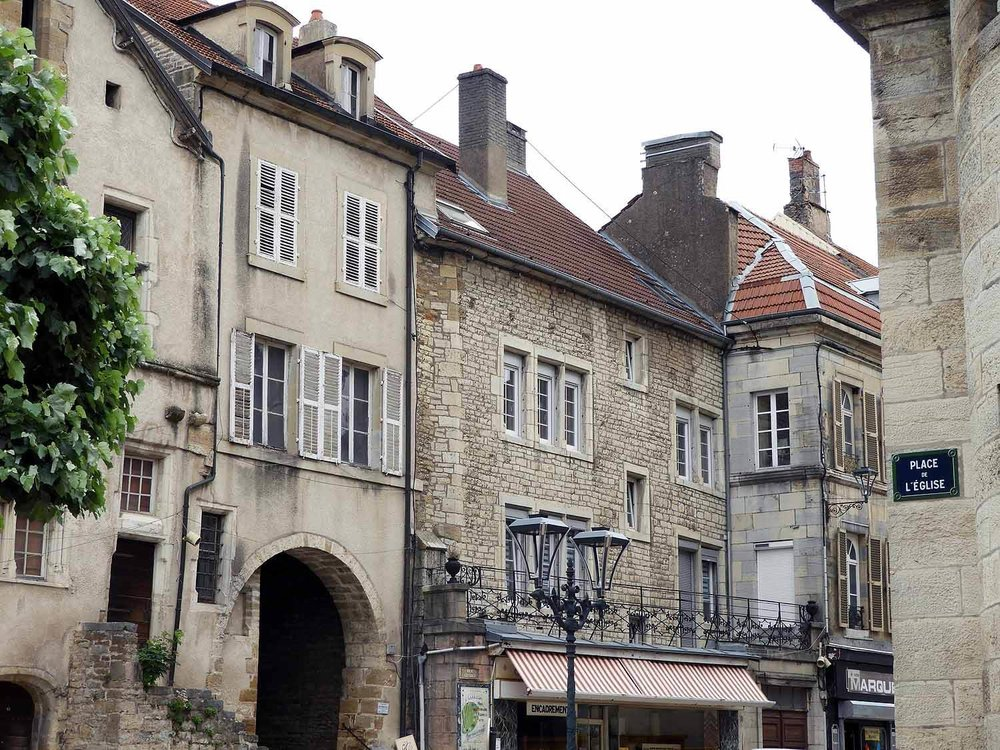 france-vesoul-downtown-old-town.JPG