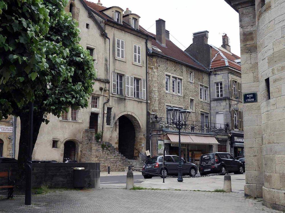 france-vesoul-old-town.JPG