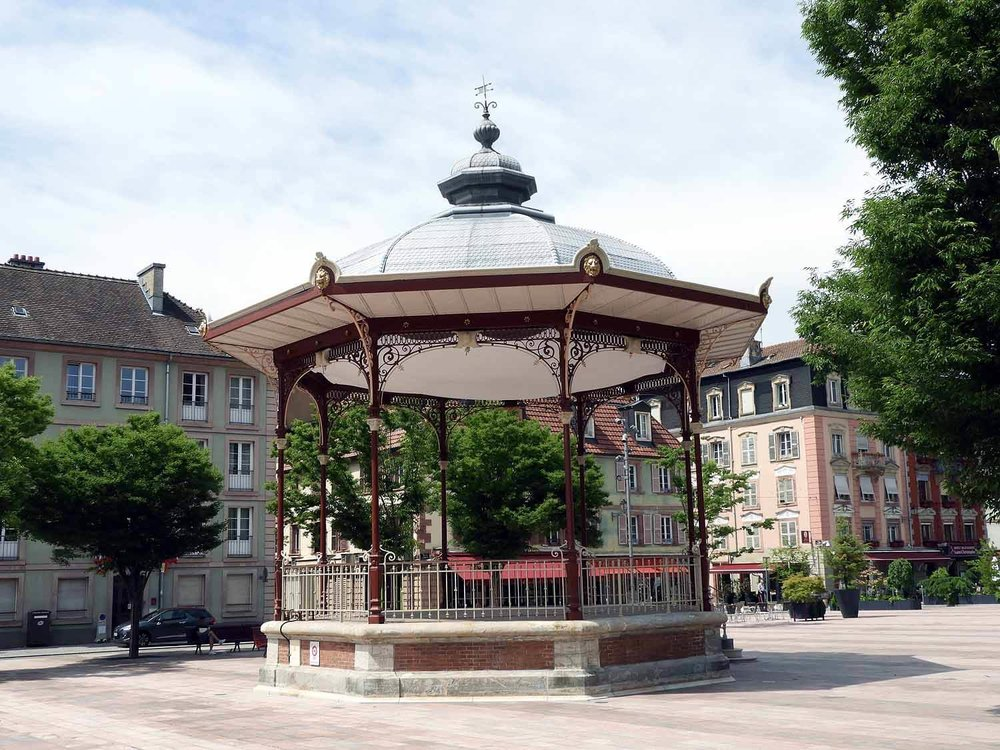 france-belfort-town-square-gazeebo.JPG