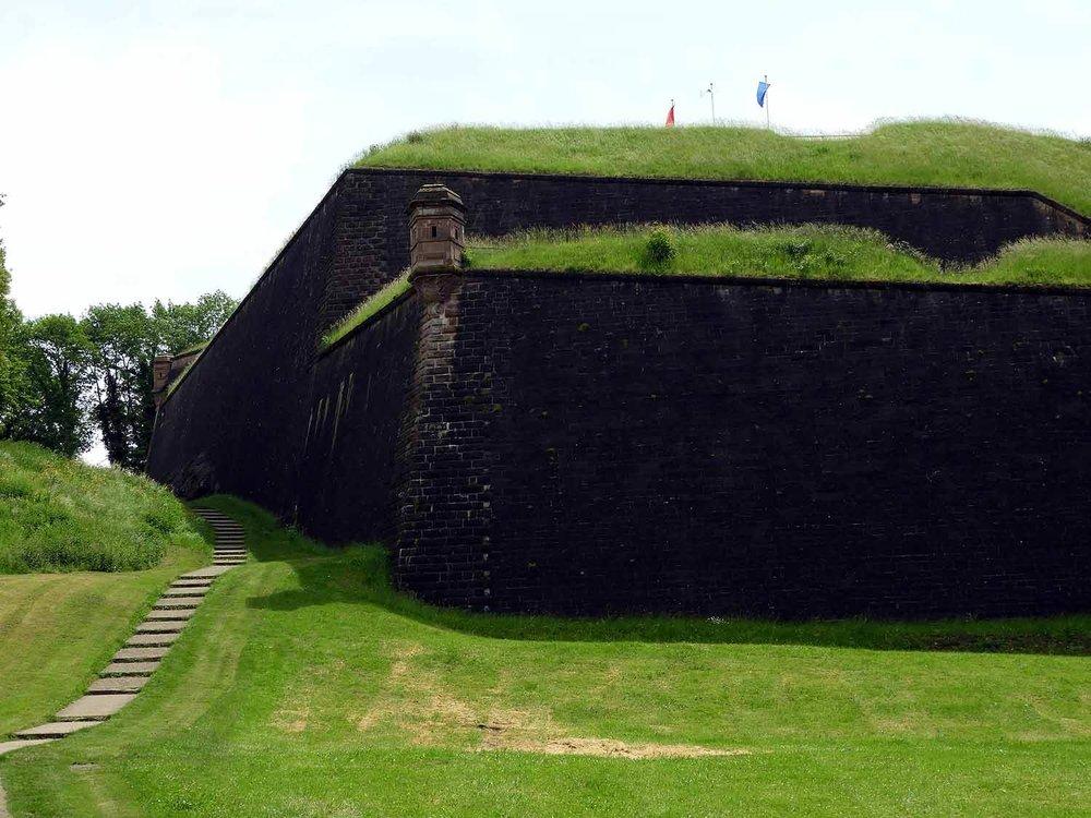 france-belfort-fort-walls-moat.JPG