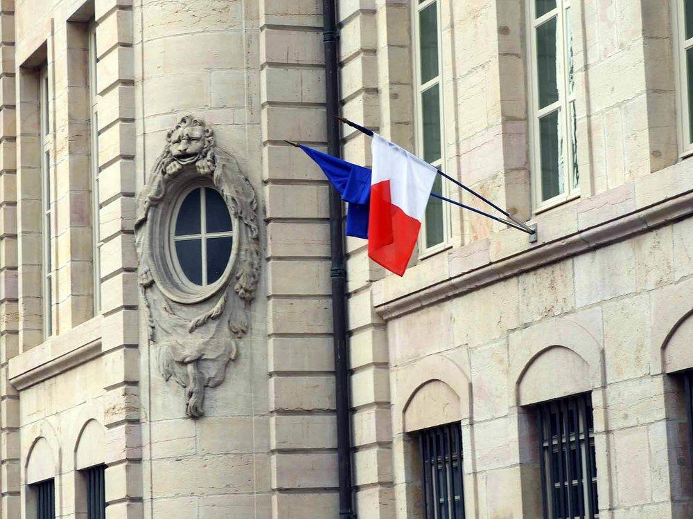 france-dijon-french-flag.JPG
