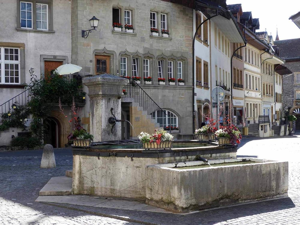 switzerland-murten-potable-fountain.JPG