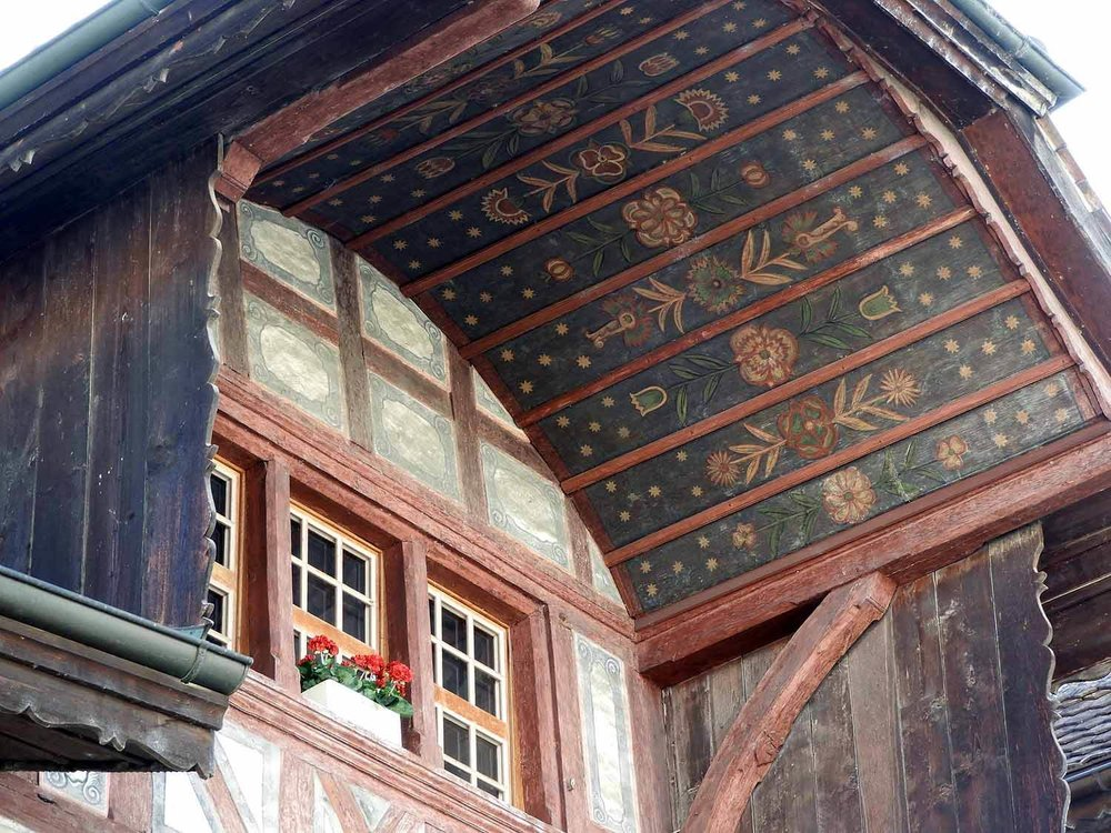 switzerland-murten-painted-eves-roof-overhang.JPG