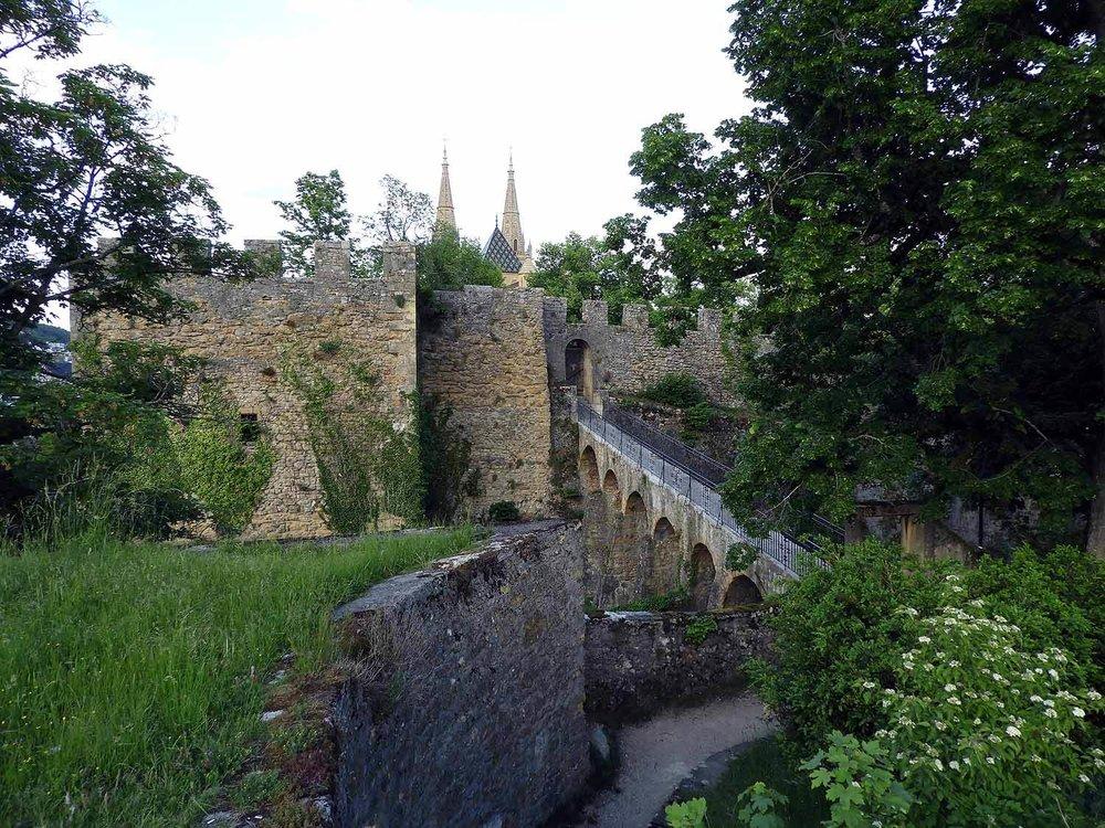 switzerland-neuchatel-parc-du-château.JPG