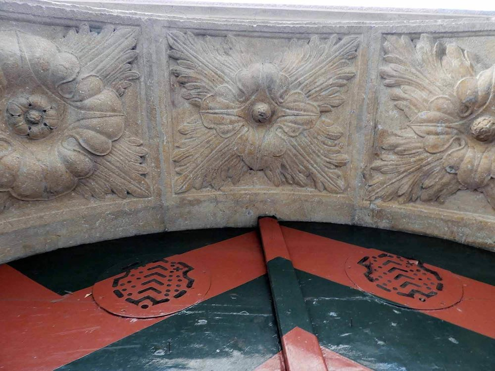 switzerland-neuchatel-stone arch-carved.JPG