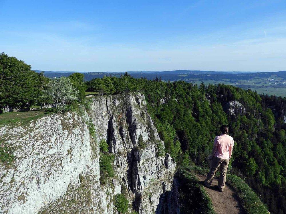 switzerland-cruex-du-van-cliff-edge.JPG