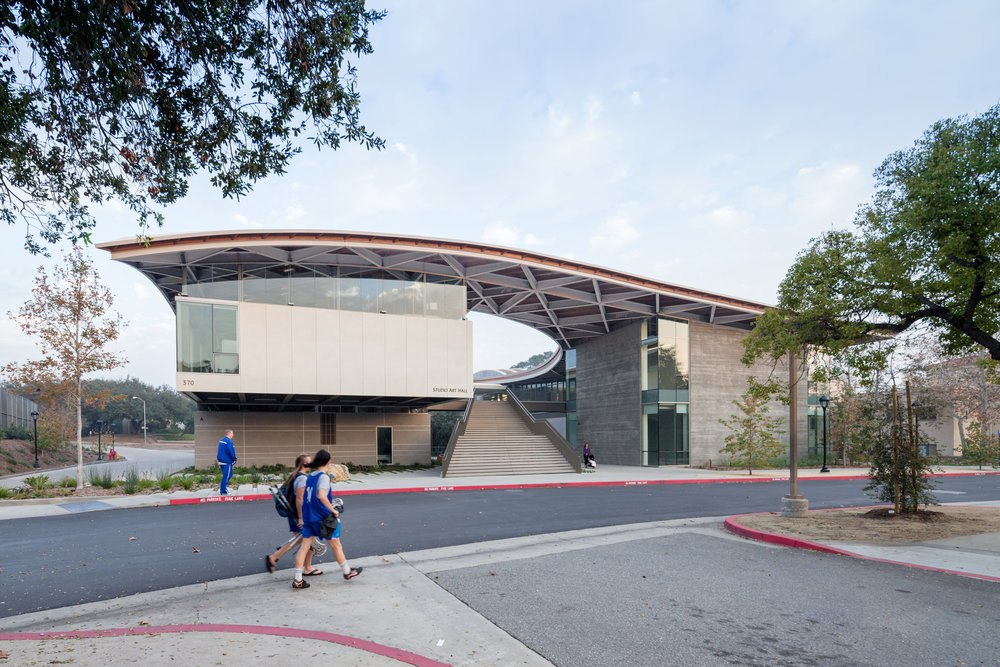 Pomona College Studio Art Hall by wHY; photography by Iwan Baan