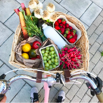 MADELEINE SHAW's Ultimate guide to going plastic free.