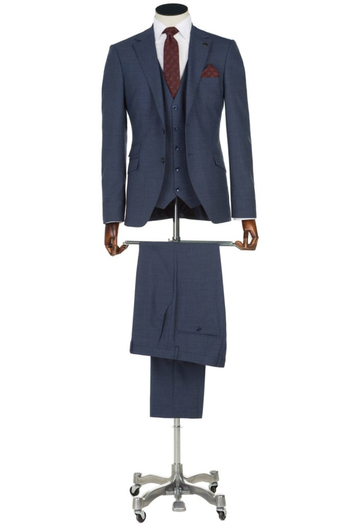 Benetti-Menswear-Ireland-Suit-Spring-Summer-Mens-Fashion-Benetti-Sergio-Navy-Suit-1-1-683x1024.jpg