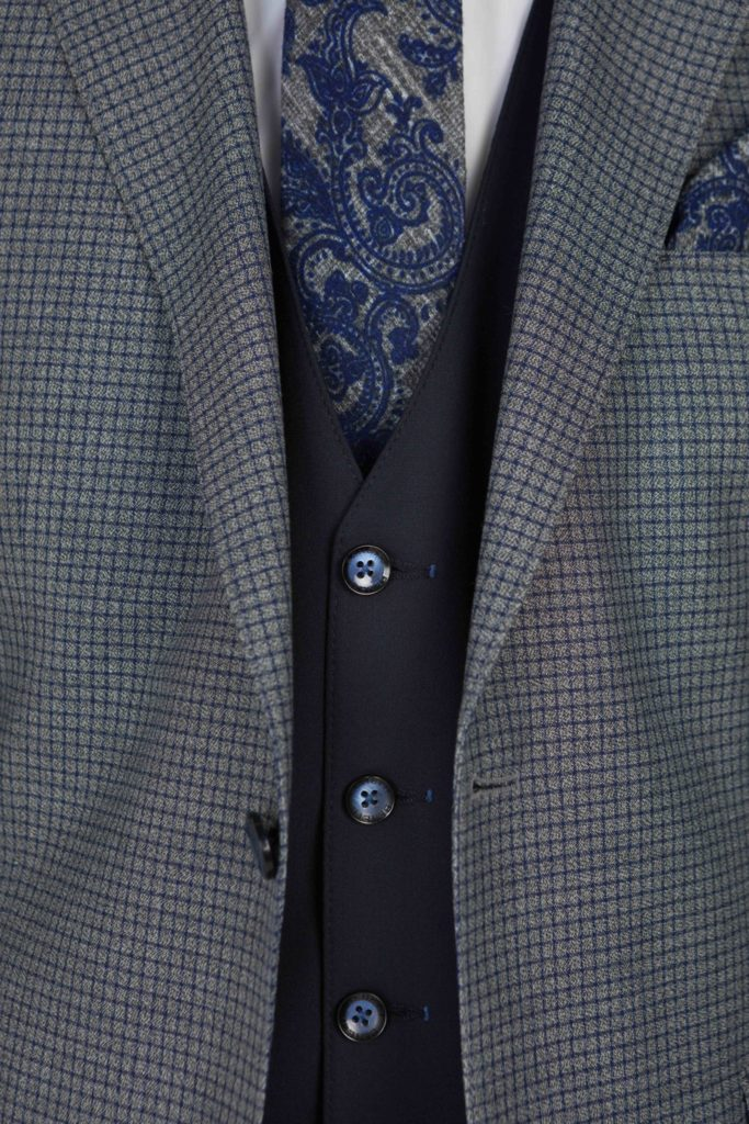 Benetti-Menswear-Ireland-Suit-Spring-Summer-Mens-Fashion-Benetti-Rooney-Grey-Suit-683x1024.jpg