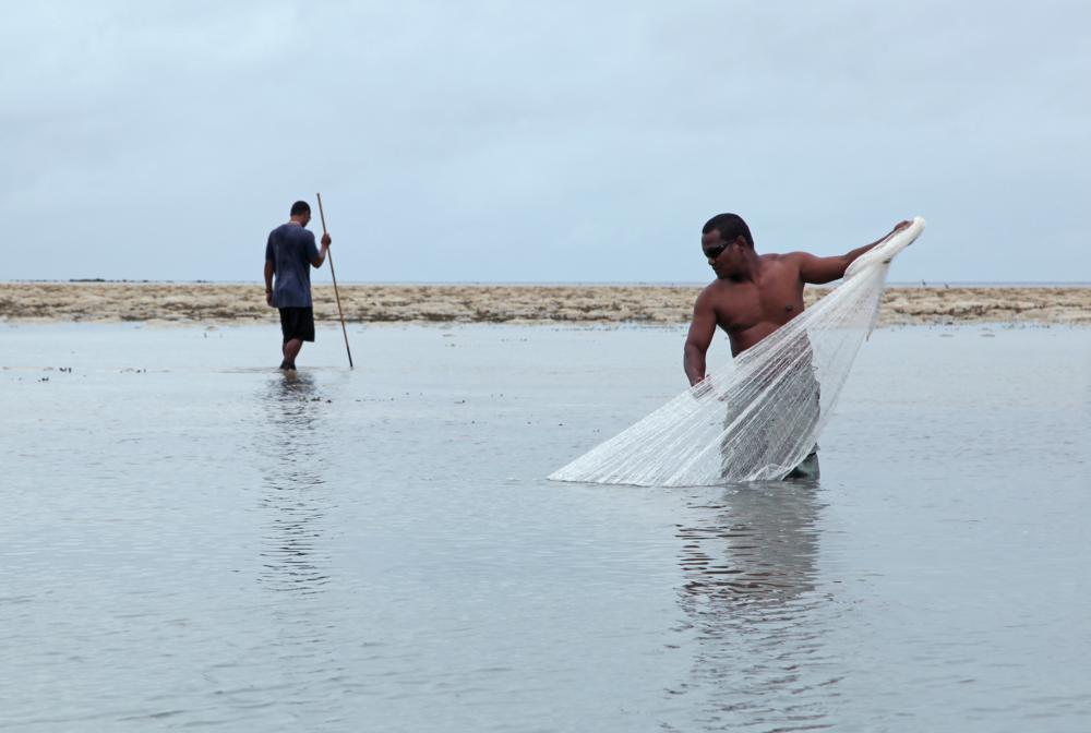 download   - FISHERMEN IN PALAU CREDIT: THE OCEAN AGENCY